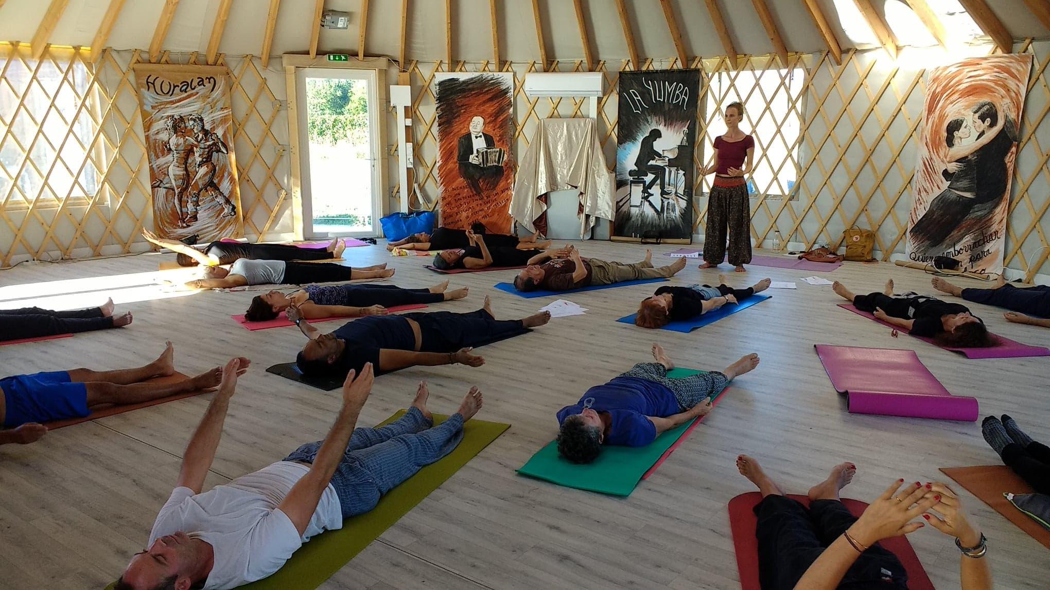 yoga et tango - luminaissances cfff6f53382